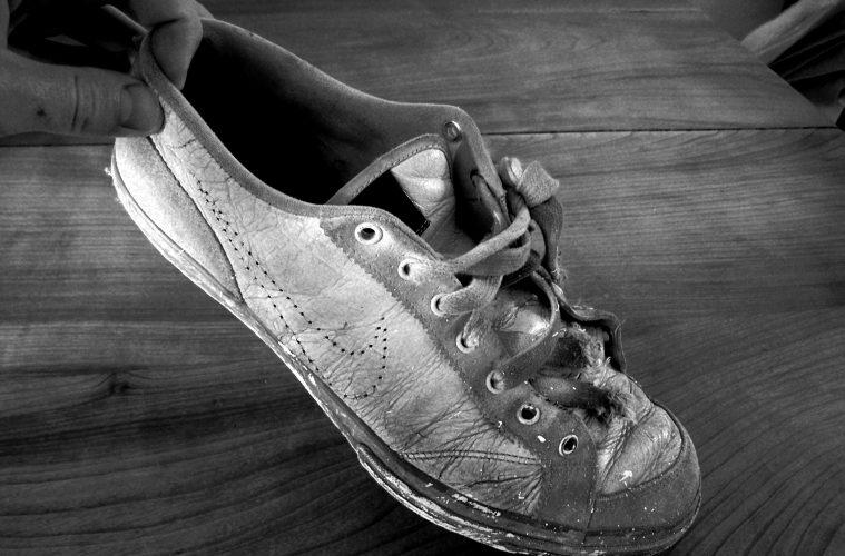 alter Sneaker