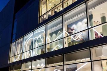 Fassade des neuen Globetrotter Flagship Stores in Berlin